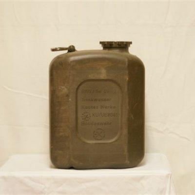 Jerrycan Plastic 20 Liter